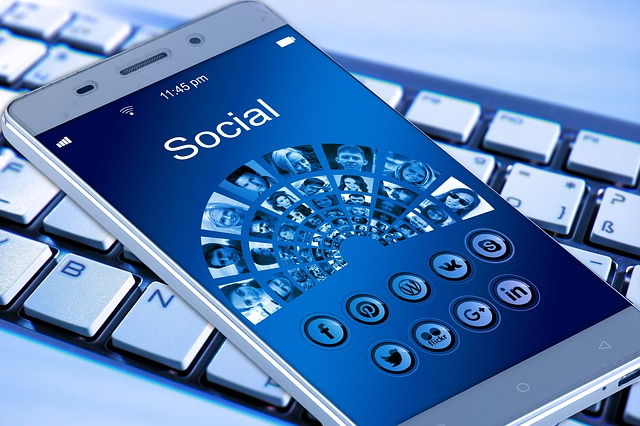 Developper son entreprise avec les reseaux sociaux